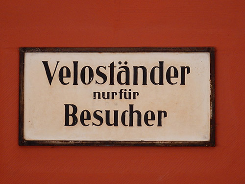 Pancarte à destination des cyclistes en Allemagne