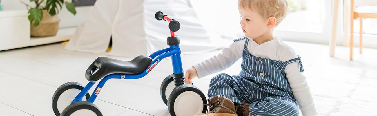 Porteur, trotteur ou tricycle ? Que choisir avant le premier vélo ?