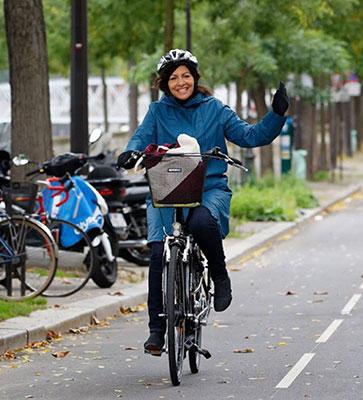 Anne Hidalgo, maire sortante et candaidate la plus ambitieuse sur le vélo pour les élections municipales 2020 à Paris