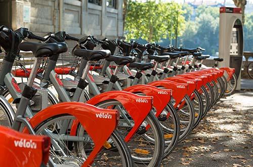 Le Vélo'v, symbole de la politique vélo lyonnaise