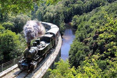 Le Train à vapeur de l'Ardèche à vélo