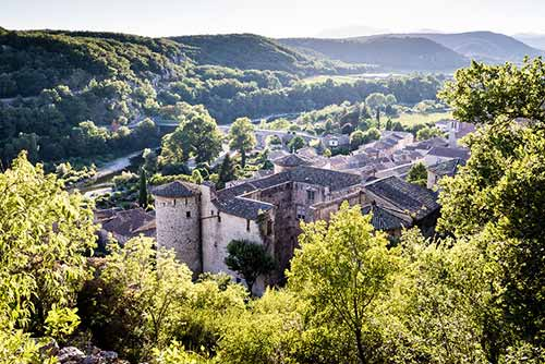 Vogüé, étape incontournable de la Via Ardèche