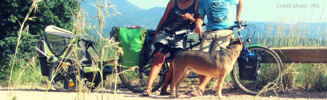 Petit voyage en tandem, en camping et avec un chien: notre expérience