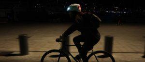 Casque connecté pour cycliste urbain