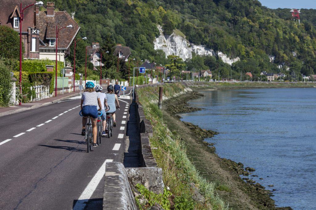 La Bouille en vélo le long de la seine