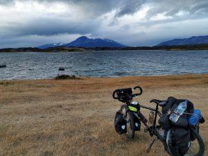 Arrêt lors d'un voyage à vélo bikepacking