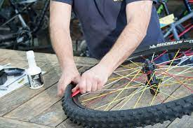 Démontage pneu VTT