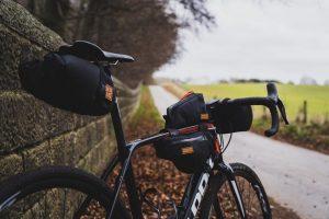 vélo bikepacking dans la campagne