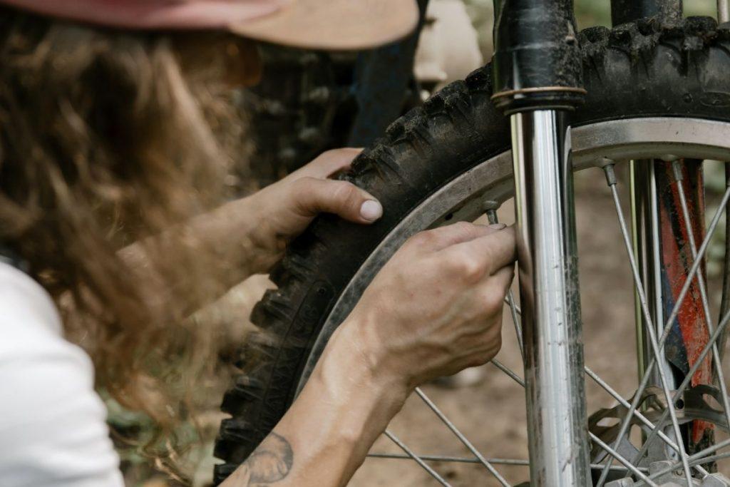 accessoire tubeless démonter un pneu