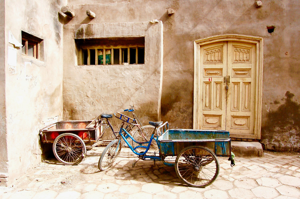 Transporter surf à vélo