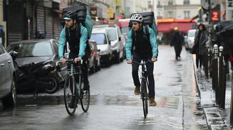 Livreurs à vélo